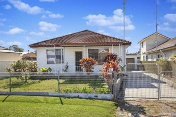 8 Susan Ave, Warilla, NSW 2528