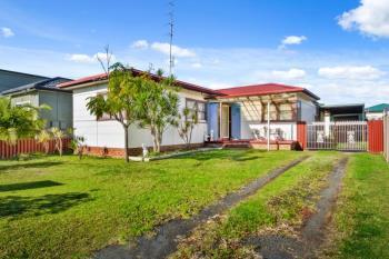 13 William Ave, Warilla, NSW 2528