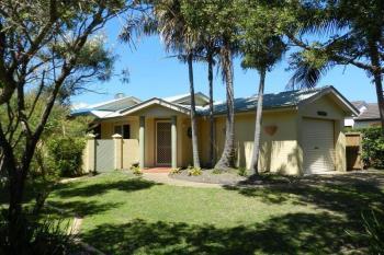 2 Nautilus Pl, Yamba, NSW 2464