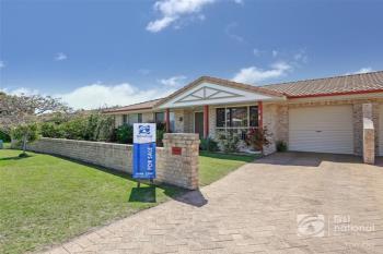 2/70  Acacia Cct, Yamba, NSW 2464
