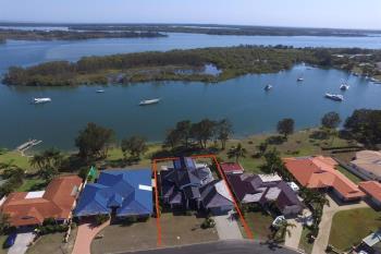 26 Palm Tce, Yamba, NSW 2464