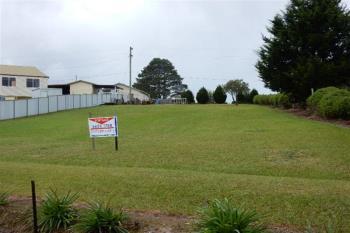 17 Stanley St, Lowanna, NSW 2450