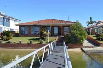 14 Acacia Cct, Yamba, NSW 2464