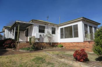 26 Lawrence St, Glen Innes, NSW 2370