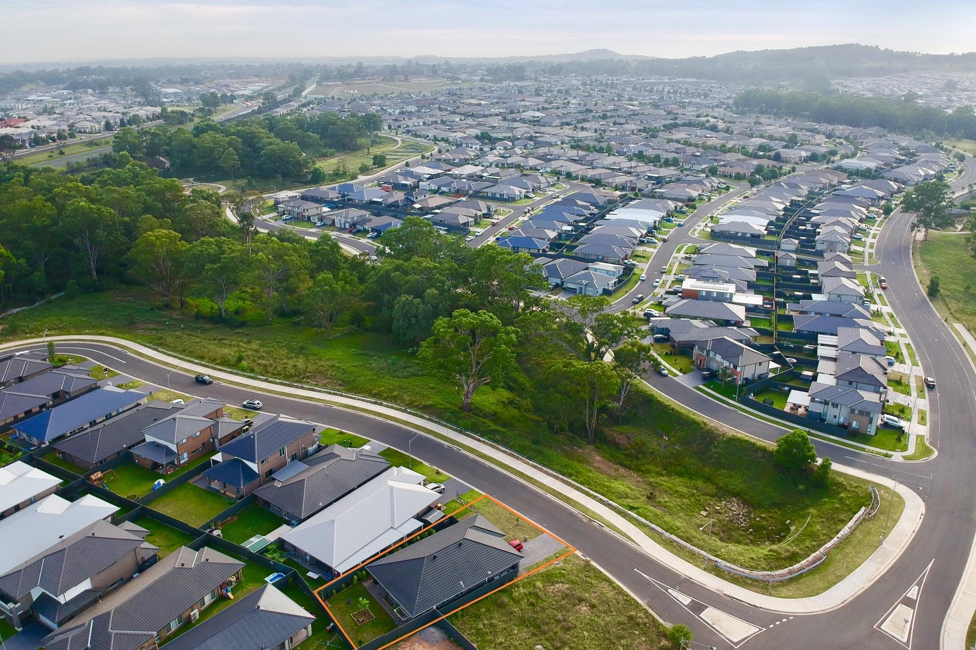 19 Wicker St, Spring Farm, NSW 2570