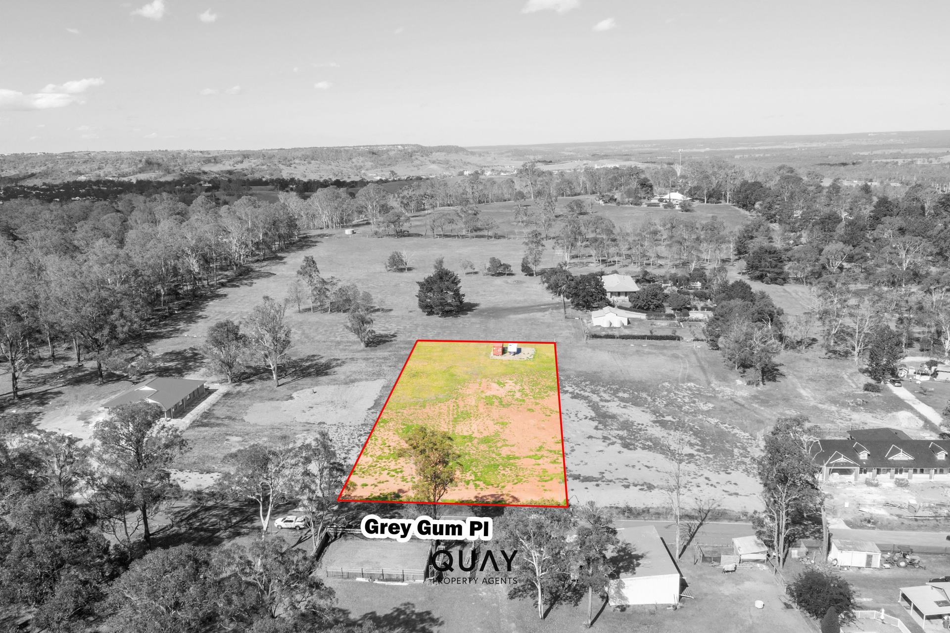 18 Grey Gum Pl, Tahmoor, NSW 2573
