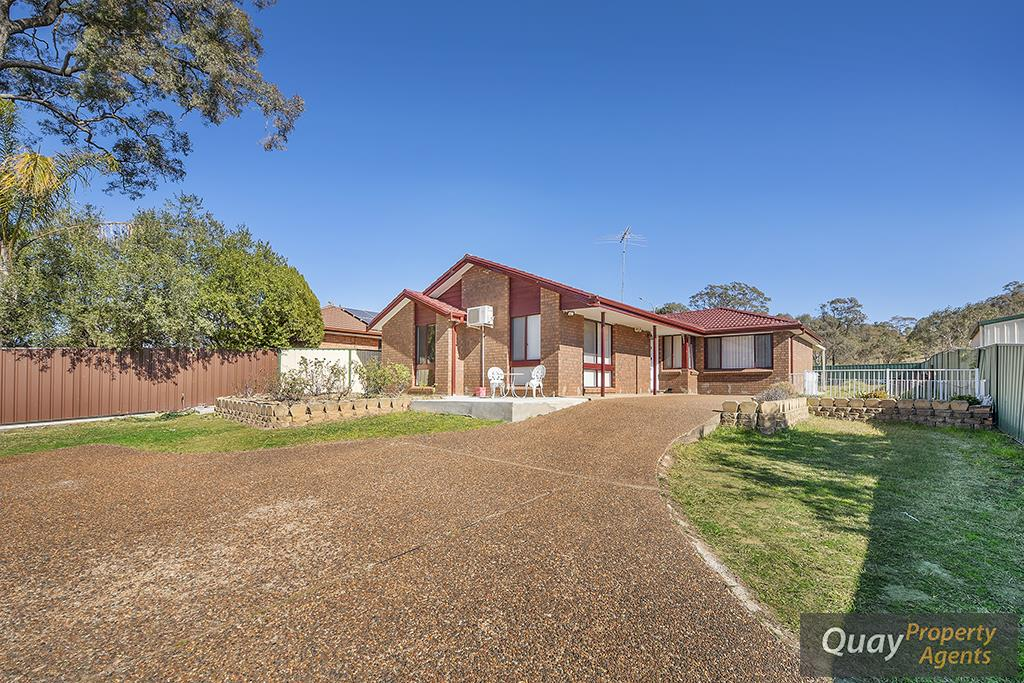 96 Dobell Rd, Eagle Vale, NSW 2558