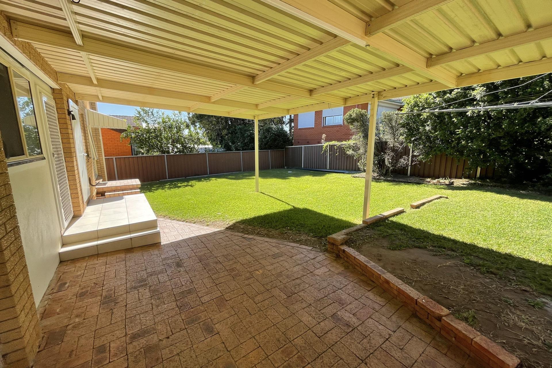 1 St Andrews Bvd, Casula, NSW 2170