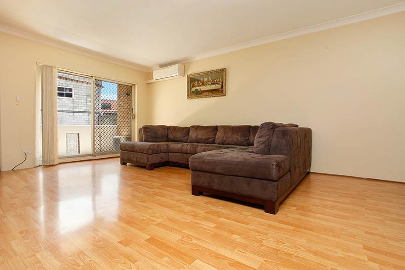 1/5-7 Charles St, Liverpool, NSW 2170