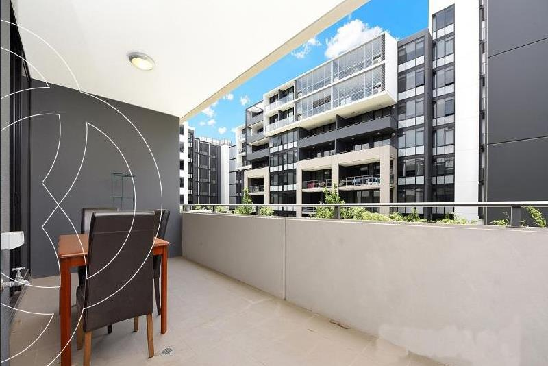 403/1 Half St, Wentworth Point, NSW 2127