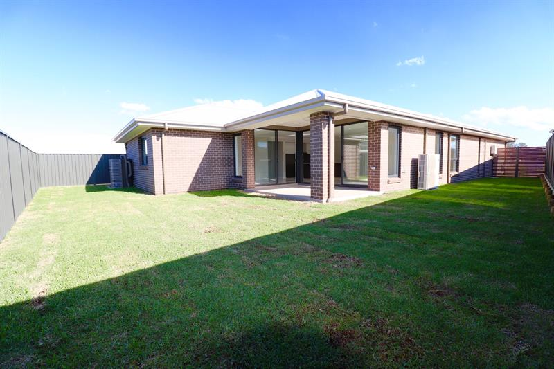 Lot 2025 Karmel St, Oran Park, NSW 2570