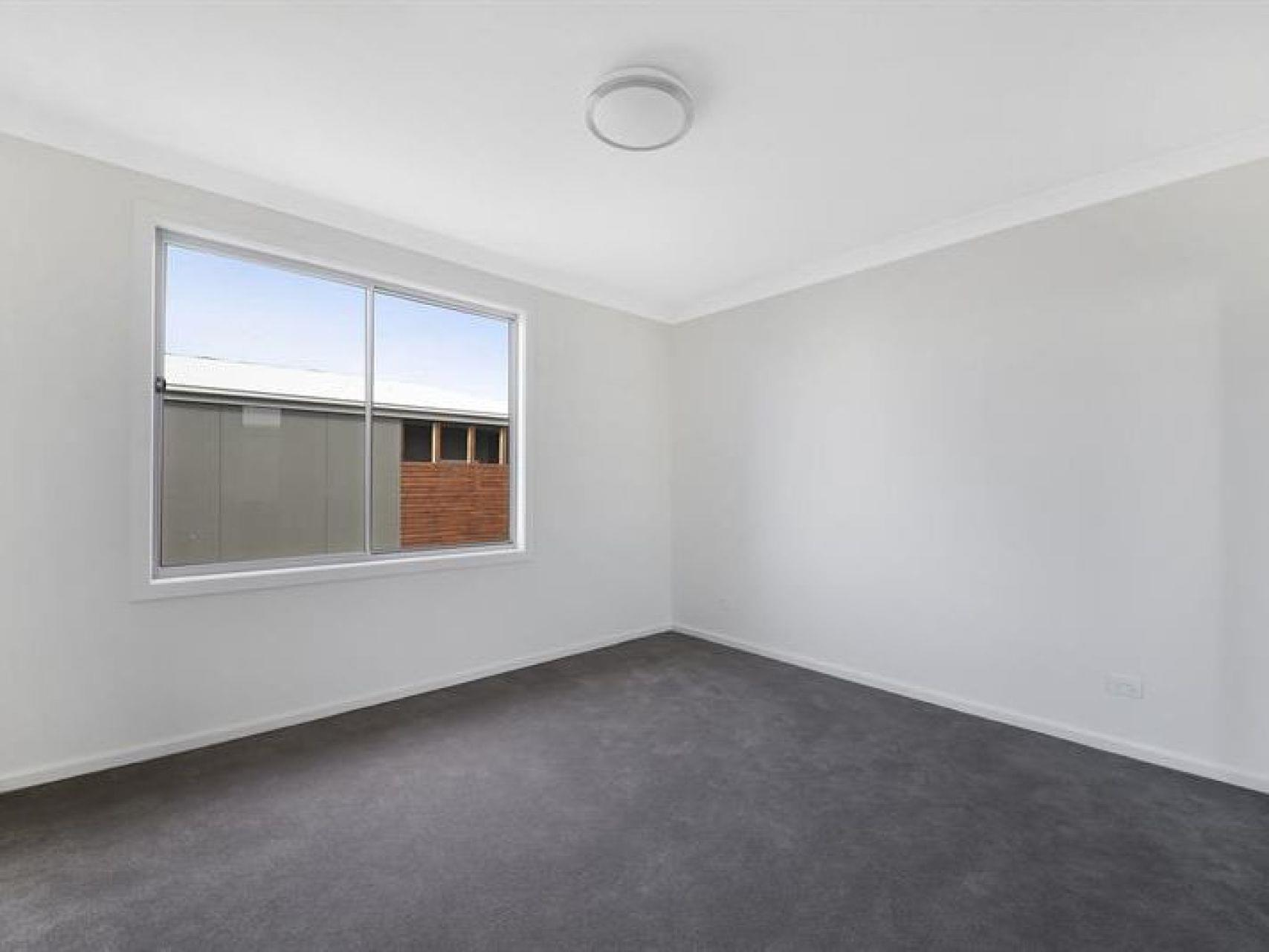 30 Coldstream Lane, Gledswood Hills, NSW 2557