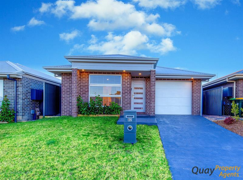 82 Belmont Ave, Spring Farm, NSW 2570