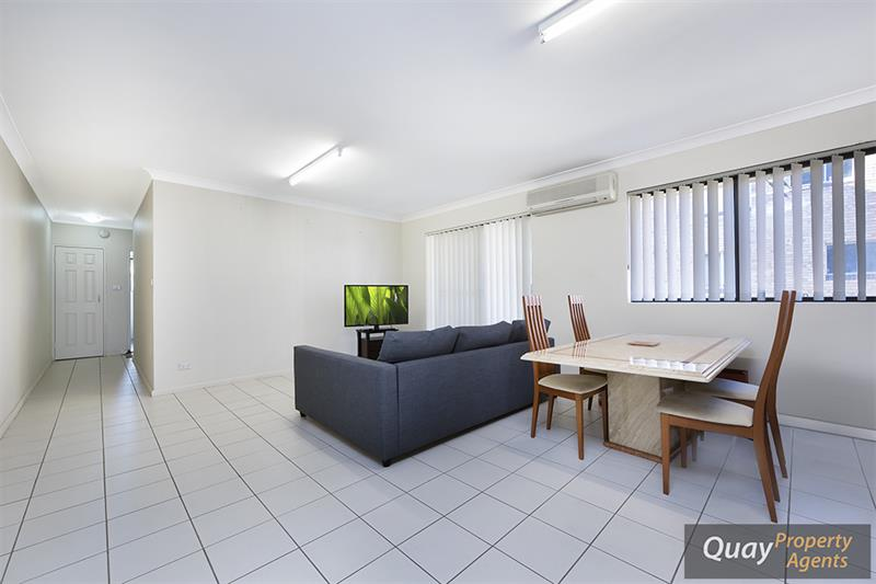 2/15 Hart St, Warwick Farm, NSW 2170