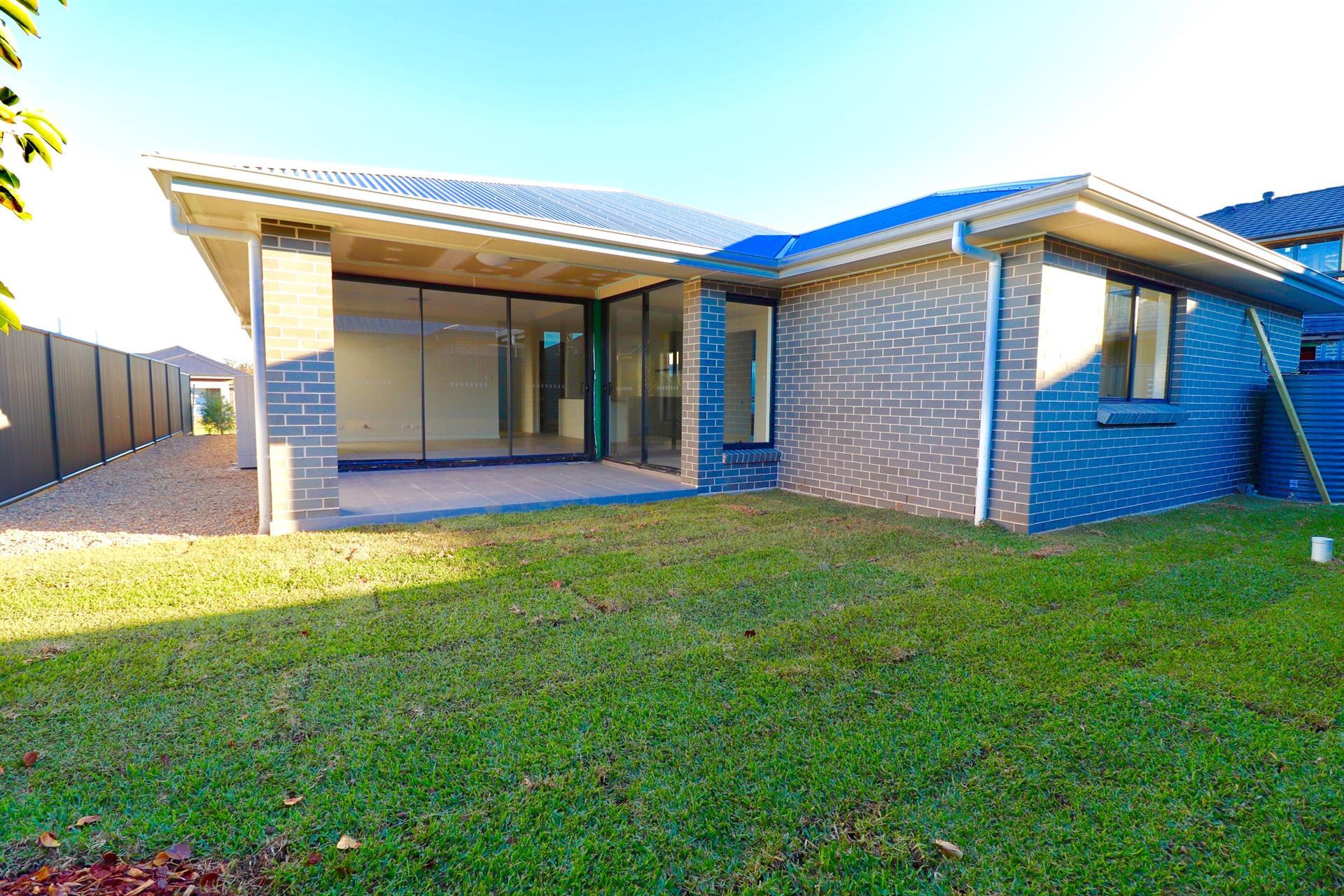Lot 2081 Stratton Rd, Oran Park, NSW 2570