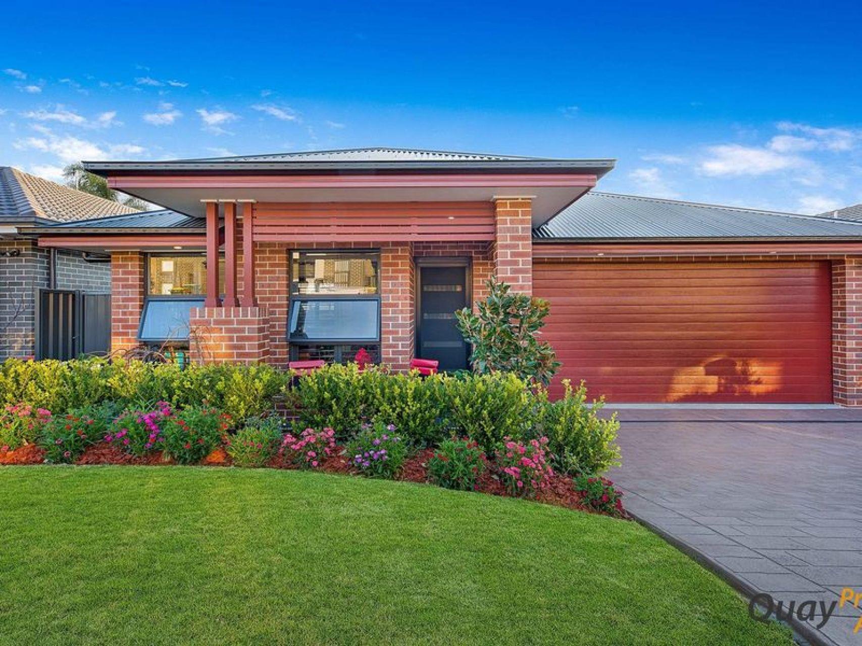 8 Winn Gr, Camden, NSW 2570