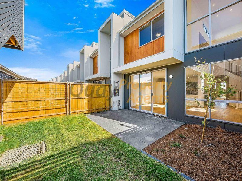 54a Curlewis St, Gledswood Hills, NSW 2557