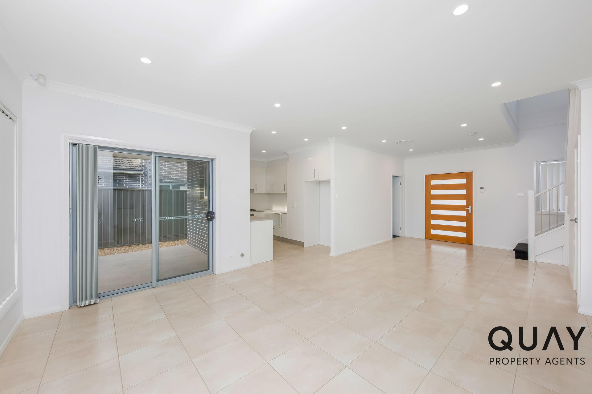 225 Village Cct, Gregory Hills, NSW 2557