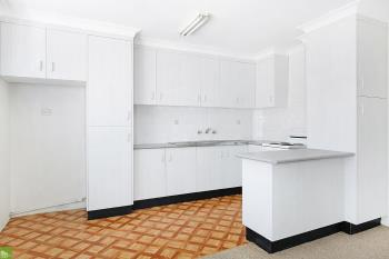 2/37 Campbell St, Wollongong, NSW 2500