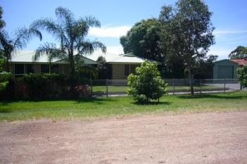 28 Clemenceau Cres, Tanilba Bay, NSW 2319