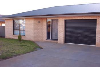 2/2-4 Sturt Cir, Dubbo, NSW 2830