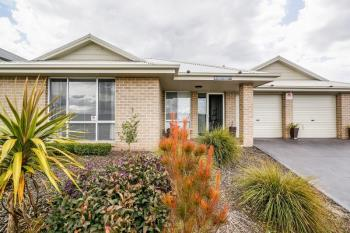 12 Quinlan Run, Orange, NSW 2800