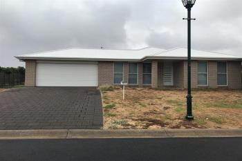 2 Selkirk Ave, Dubbo, NSW 2830