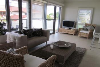 3/8  Bent St, Yamba, NSW 2464