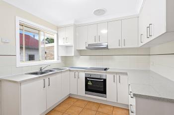 2/95 Robsons Rd, Keiraville, NSW 2500