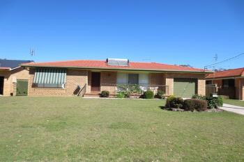 12 Coonawarra Ct, Yamba, NSW 2464