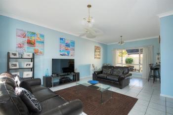 2/4 Maranta St, Elanora, QLD 4221