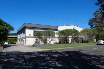 15 Doyle Ave, Unanderra, NSW 2526