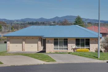 27 Booth Cres, Orange, NSW 2800