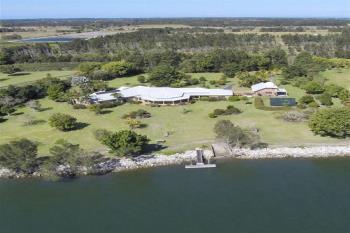 74 Mcconnells Lane, Palmers Island, NSW 2463