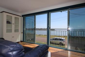 34  Peace Pde, Tanilba Bay, NSW 2319