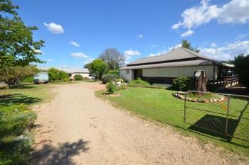 125 Wee Waa St, Boggabri, NSW 2382