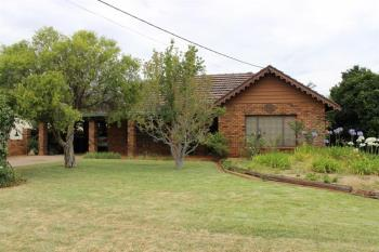 13 Moonah St, Dubbo, NSW 2830