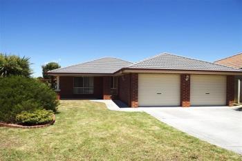 82 Saville Ave, Lavington, NSW 2641
