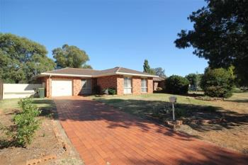 24 Meadowbank Dr, Dubbo, NSW 2830