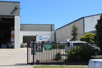 2/25 Industrial Rd, Unanderra, NSW 2526