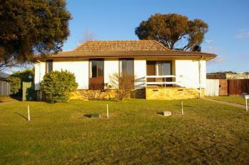 28 Fitzroy St, Uralla, NSW 2358