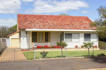 17 Hutchins Ave, Dubbo, NSW 2830