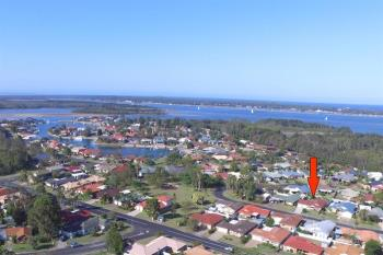 19 Admiralty Ct, Yamba, NSW 2464