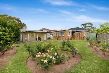 2 Woodford Cres, Heathcote, NSW 2233
