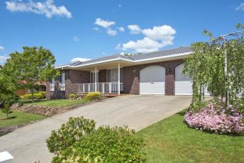 19 Hamilton Valley Ct, Lavington, NSW 2641