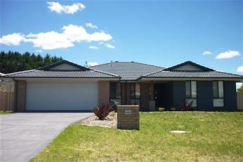 7 Lovejoy Ave, Blayney, NSW 2799