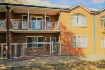 2/175 Keppel St, Bathurst, NSW 2795