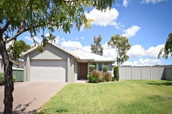 31 Carnegie Ave, Dubbo, NSW 2830