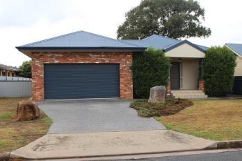608 Prune St, Lavington, NSW 2641