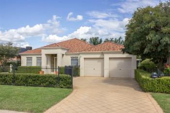 35 Castlereagh Ave, Dubbo, NSW 2830